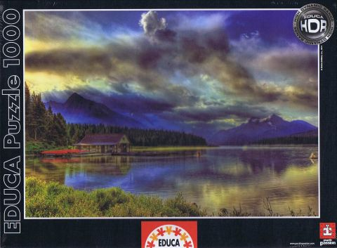 Maligne Lake Boathouse, Canada, 1000 brikker (1)