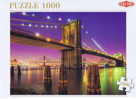 Bridge over East River, 1000 brikker (1)