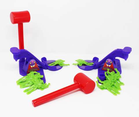 Flying Frenzy Toy Story 4 Carnival Catapult Game (2)